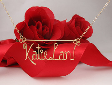 personalized name pin Wire Jewelry