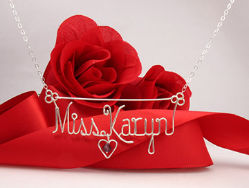 personalized name necklace in wire - birthstone in the heart charm